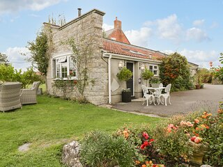 PEAR TREE COTTAGE, detached, open plan, woodburner, pet-friendly, patio, in