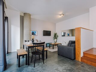 Gorgeous Homely Apt in the heart of Lpl - Sleeps 8!
