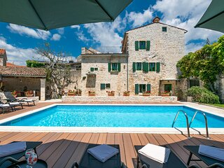 Amazing home in Svetvincenat with Outdoor swimming pool, WiFi and 5 Bedrooms (CI