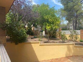 Global Boscos con jardín, piscina privada y barbacoa