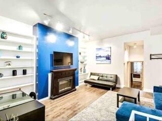 Beautiful 3 Bedroom Apt in Heart of Center City
