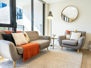 MadeComfy Chic Melbourne Apartment with Balcony