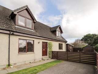 2 Braeview, Beauly