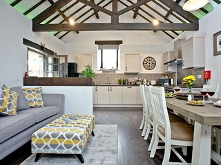 The Barn in Lanhydrock - A modern barn conversion with three bedrooms and three