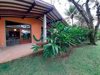 Casa com churrasq a 300m da praia de Guaecá - NOVO