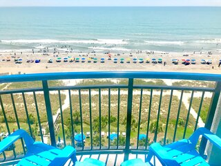 Life is better on the Beach! Remodeled Suite (B938)