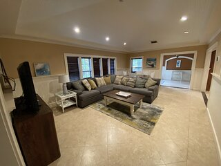 Coral Hammock / Newly Renovated Tropical Paradise Just 10 min From The Beach