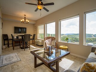 Penthouse Lake Condo with Incredible View of Table Rock at The Majestic