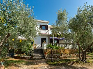 Amazing home in Pinezici with WiFi and 1 Bedrooms (CKK280)