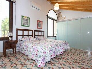 Habitacion doble con bano privado y balcon