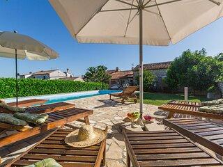 Villa Paula (KST300)
