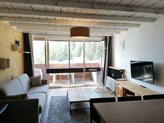 Tres agreable studio pour 4, avec beau balcon sud, a cote des commerces a Pra