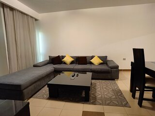 02 BR apartment with garden view
