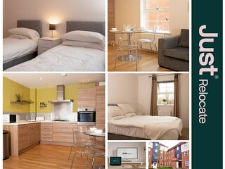 Just Relocate - Dearlove Place - 2 Bed Apartment with Workspace And Free Parking