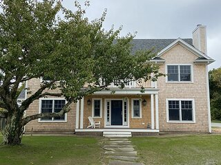 Classic cottage close to downtown Edgartown