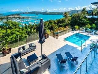 Vue Luxury House Pool 2 Golf Buggies Ocean View Central Location