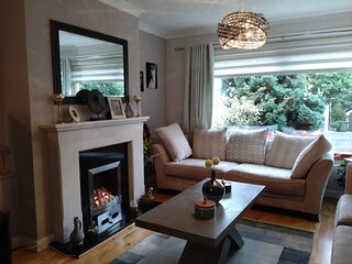 Stunning 3-Bed House in very good area of Glasgow
