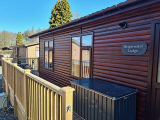 Brightwater Lodge - 3-bed holiday lodge with hot tub