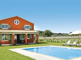 2 Bed countryside villa, 500 meters from beach
