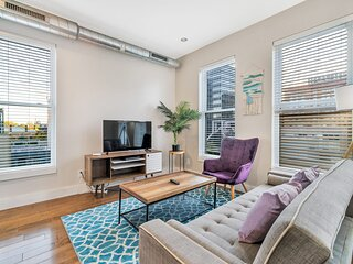 Beautiful 1BR In Old City