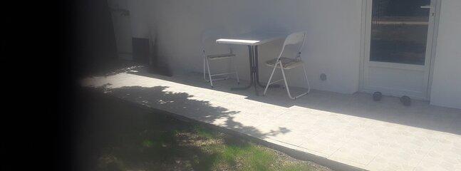 Studio.barbecue.wiffi.hammam.pisine.calme, holiday rental in Peyregoux
