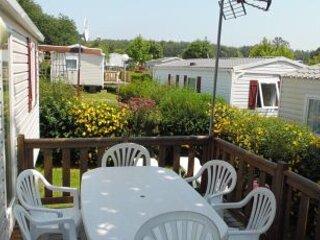 Cottage Chalet Lodge Holiday Rental Parc Normandie, alquiler de vacaciones en Saint-Lo
