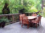 Hearthside Cabin Outdoor Dining & Gas Grill