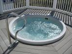 jacuzzi at Ocean Cove pool