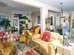 Main Floor / Main Living Room
