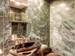 Lonestar Lodge Lower Level King Bath Breckenridge Rentals