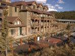 Lodge at Highland Greens Hot Tubs Breckenridge Lodging