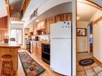 Peak 8 Village Kitchen/Hallway Breckenridge Lodging