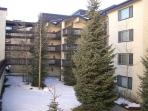 Powderhorn Condos Courtyard Ski-in/Ski-Out Condo Rentals
