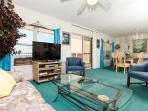#7009:Cozy top floor condo-full kitchen,priv balcony,gulf view,BCH SVC
