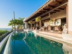 Infinity Pool & Terrace