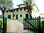 Tuscany Villa Accommodation - Fattoria Capponi - Versace