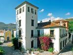 Beautiful Historic Villa in Andalucía for a Family or Friend Reunion - Villa La Reina