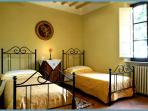 Tuscany Villa Near Florence - Villa Raffaello