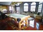 0071 10 Pool Table & Window Seat