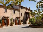 The farmhouse La Mucchia