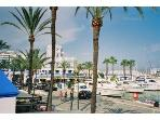 Estepona Port is only a 5 minute drive. Yachts, shops, restaurants, bars & supermarkets