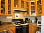 Forest View Stay Studio Fully Equipped Kitchen