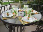 Relax + enjoy views to Inch Beach/ocean: tropical set pub table/4 swivel chairs!
