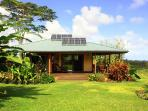 OCEANview 6acres Secluded rainforest & vast garden