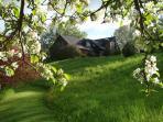 Blue Bird Hill Farmhouse, Great Views. Woodstock