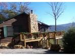 Secluded 3 Bedroom - 2 Bath- Sleeps 8