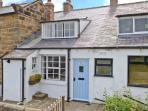 BRAMBLE COTTAGE, family friendly, character holiday cottage, with a garden in Robin Hood'S Bay, Ref 2491