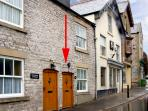 EXCHANGE COTTAGE, family friendly, WiFi, character holiday cottage in Tideswell, Ref 2422