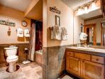 Woods Manor Master Bath Breckenridge Lodging Vacation Rentals