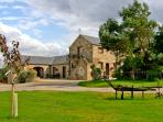 MILLSTONES, romantic, country holiday cottage in Gilling West Near Richmond, Ref
